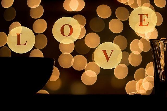 valentine hug day date