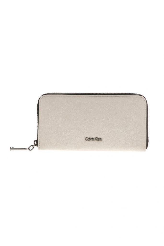 548dbf5a3a CALVIN KLEIN JEANS - Γυναικείο πορτοφόλι με φερμουάρ calvin Klein Jeans  ARCH LARGE μπεζ