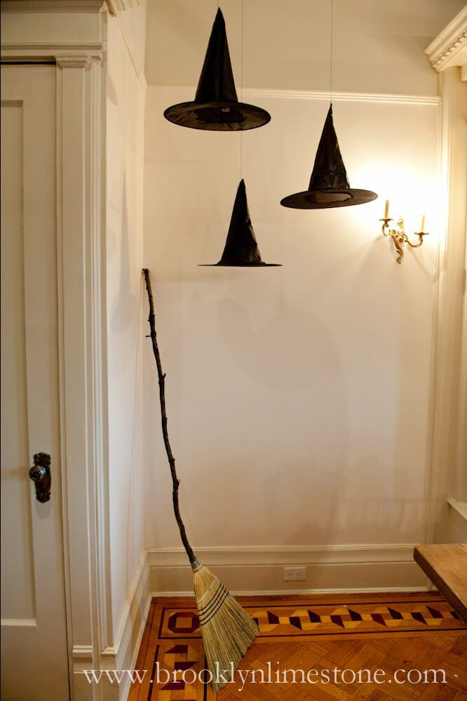 51+ Spooky DIY Indoor Halloween Decoration Ideas For 2018 - outdoor halloween decoration ideas diy