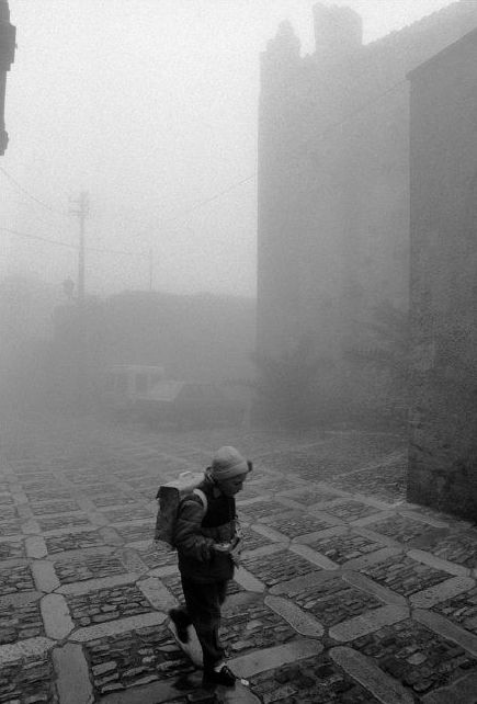 by Ferdinando Scianna, Italy, Sicily, Erice, 1987