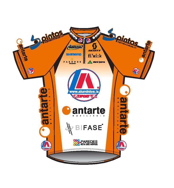 Equipamento oficial da equipa profissional LA_ANTARTE_Rota dos Móveis.