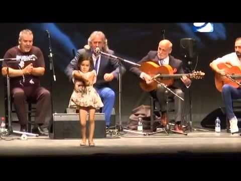 Rocio Carrasco (5 años) y capullo jerez