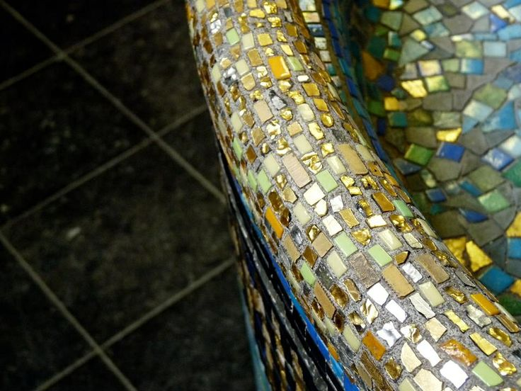 ~Shannon Brockhurst 2013 Roermond, Netherlands, Cathedral, kathedraal mosaic, tiles