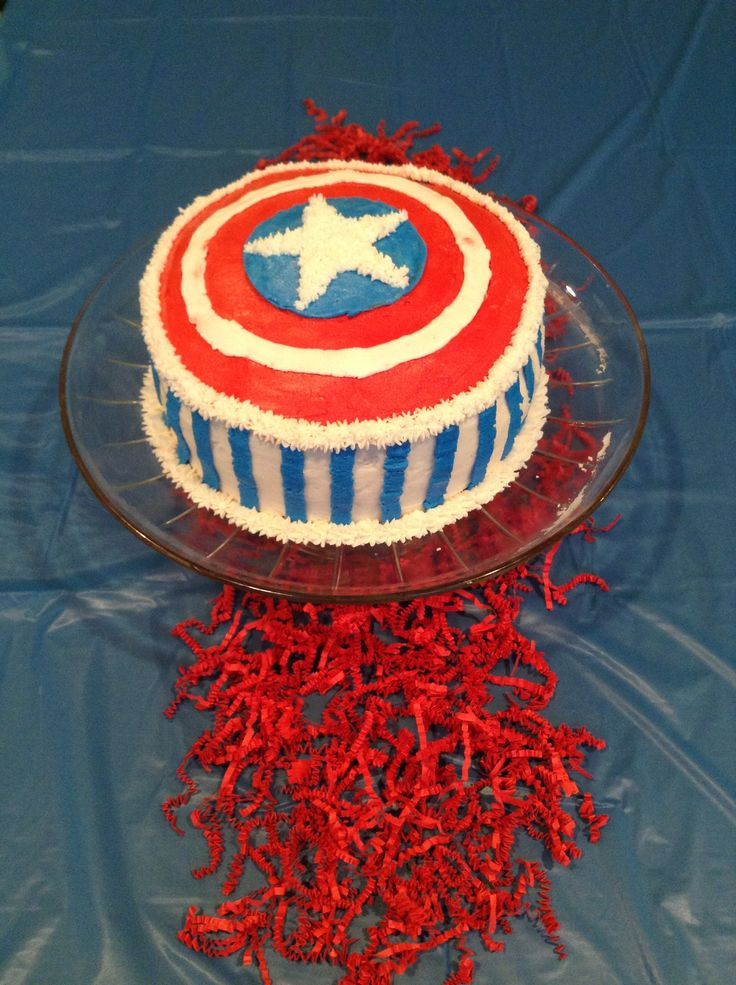 Awesome 10 year old boys birthday cake.....captain America cake.....Captain America Shield.....awesome cakes ...... Boys birthday ..... Cool Cake ...... Birthday cake for boys