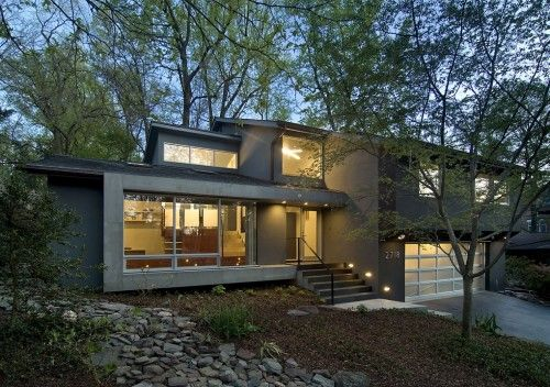 A modernized split level in arlington va i would love to buy an inexpensiv - Couleur facade maison tendance ...