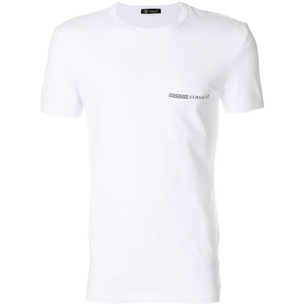 Versace printed T-shirt (230 BRL) ❤ liked on Polyvore featuring men's fashion, men's clothing, men's shirts, men's t-shirts, white, mens white shirts, mens slim fit white shirt, mens slim fit short sleeve shirts, mens slim t shirts and mens white short sleeve shirt