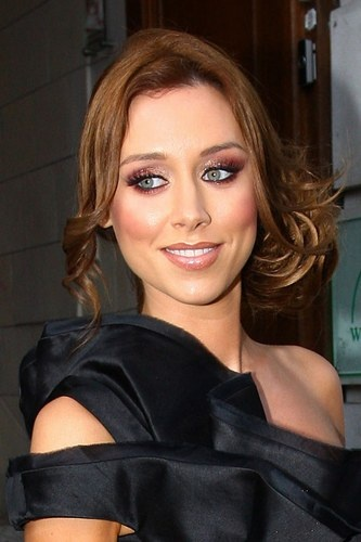 Need cheeky chignon inspiration? Una Healy's your girl.