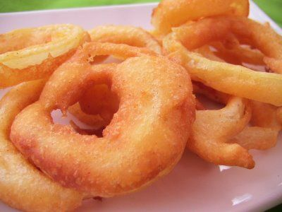 Onion rings...ovvero anelli di cipolla fritti.