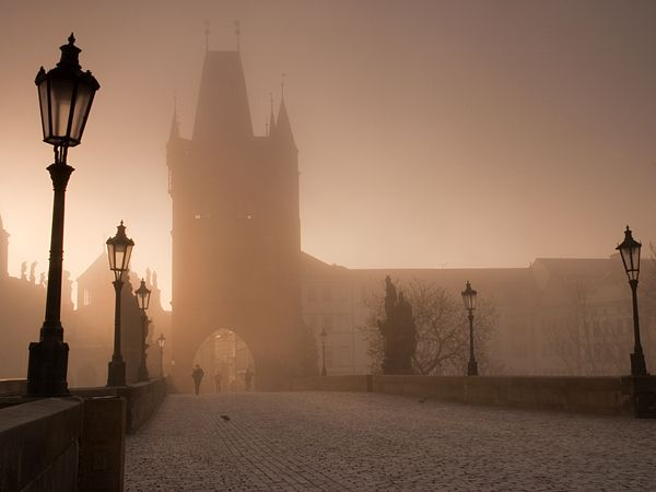 Ah, Prauge...This is the Charles Bridge: Ears Mornings, Favorite Places, Charles Bridges, Travel Photos, National Geographic, Google Search, Foggy Mornings, Prague Czech Republic, Photography