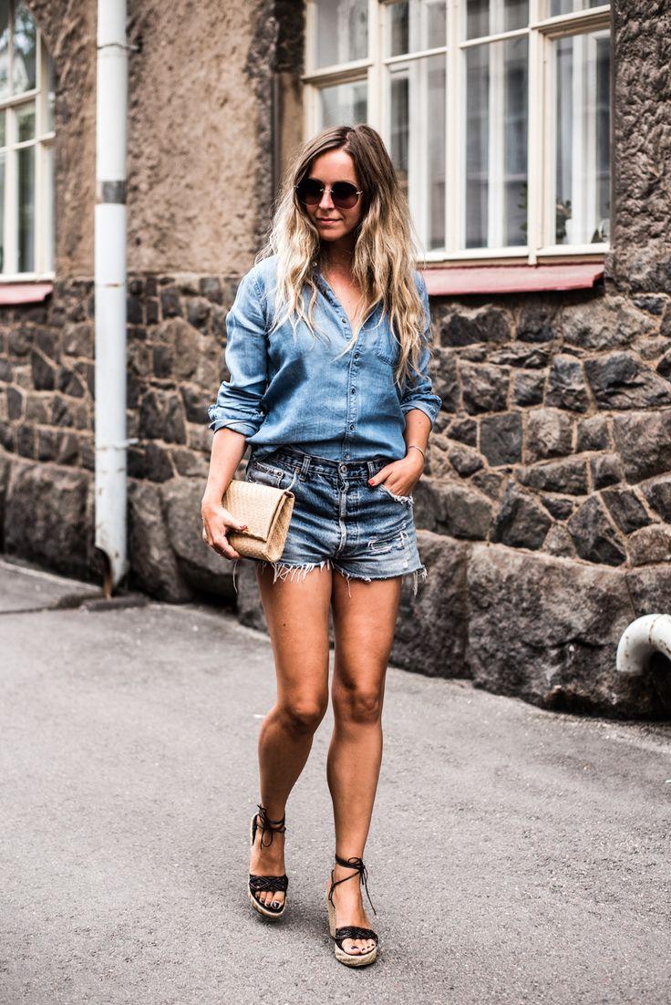 ♥︎  Jokainen nainen tarvitsee täydellisesti istuvien farkkujen lisäksi sen täydellisen farkkupaidan. Stella löysi omansa Dotsista, Second Femalen mallistosta.