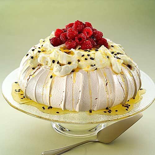 Passion fruit & Raspberry Pavlova | Favorite Recipes | Pinterest