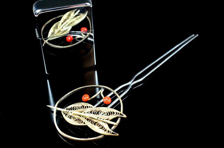Antique Hair Clip -  Arrow Design Kanzashi - Japanese Arrow Design Hair Clip - For Gift by JapaVintage on Etsy