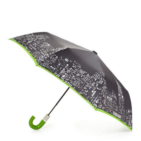 Kate Spade.Umbrellas Kate Spade, Cities Umbrellas, Rainy Day, Trav'Lin Lights, Lights Umbrellas, Cities Scapes, City Lights, Fun Umbrellas, Cities Lights