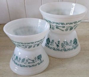 Vintage. Collection. Bols FEDERAL GLASS blanc et turquoise