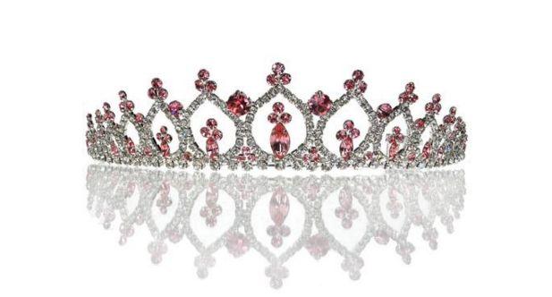 Gorgeous wedding tiara trend