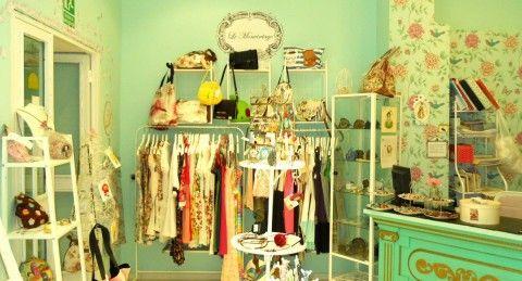 40 best tiendas decoradas con muebles recuperados for Furniture stores madrid