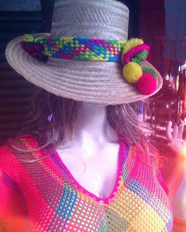 Artesanías Wayuu  Excelentes Precios  Paypal   Worldwide Shipping ✈️ Wpp +573014218141 +573015525038  #exposure #bocadelrio #bocadelrioveracruz #bilbaolovers #feriadecali #naucalli #expoguadalajara #expomadrid #expoparis #feriadeartesanias #castilla #lamancha #toledo #sierradealcaraz #vinitaly #salonedelmobile #creativa #creativavalencia2016 #giftsandhomeboutique #lebensart #textileart #textilesdesign