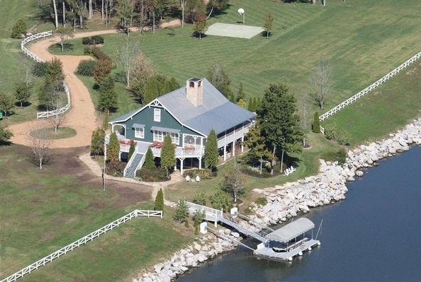 Kenny Chesney House | Kenny Chesney Pictures - FILE: Kenny Chesney's Home in Nashville ...