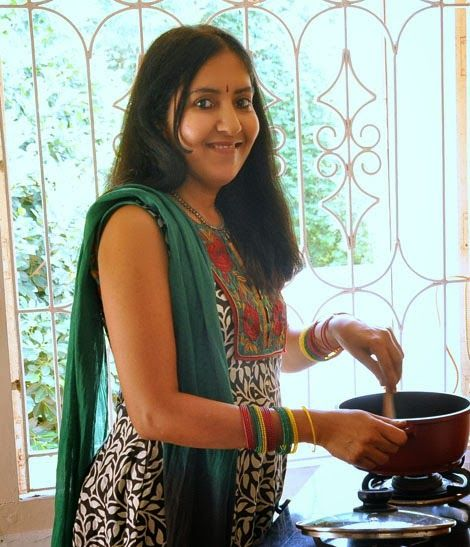 Meet Padhu aka Padma , the Chef, the photographer, recipe developer and web designer behind Padhus kitchen which features Simple Indian Vegetarian recipes, healthy recipes, kids friendly recipes, Indian festival recipes, traditional South Indian Vegetarian recipes, cooking basics and lot more.