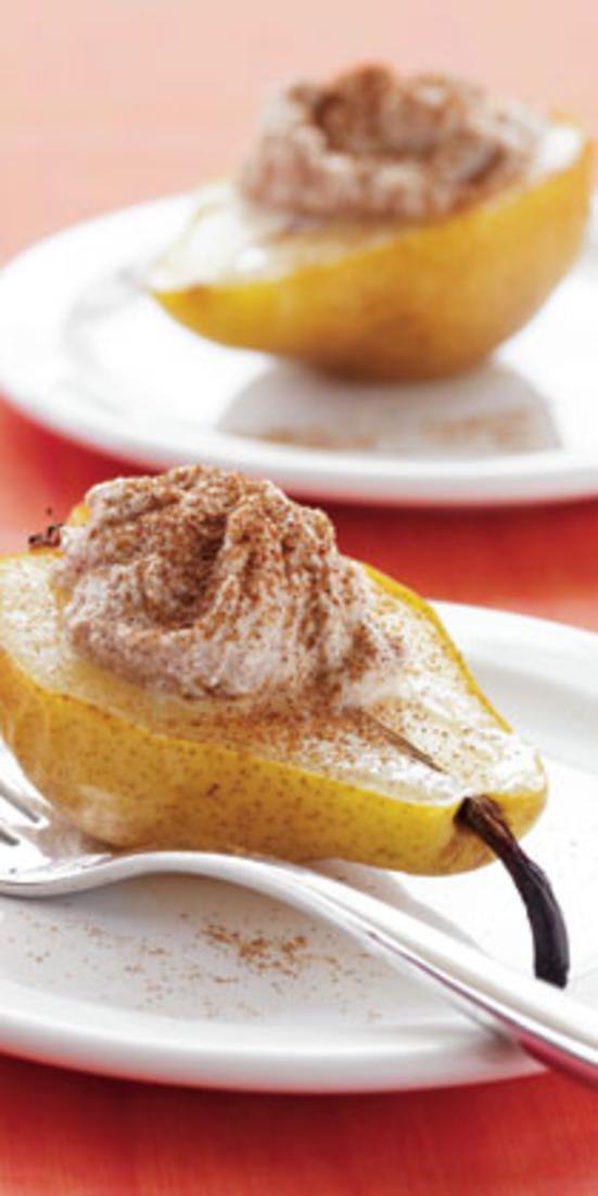 Warm Pear with Cinnamon Ricotta // healthy snack!  j.