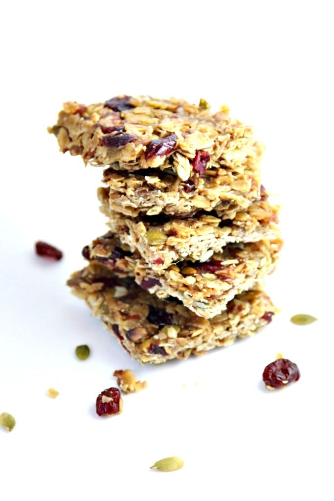 Homemade Chewy Oatmeal Fruit and Nut Bars
