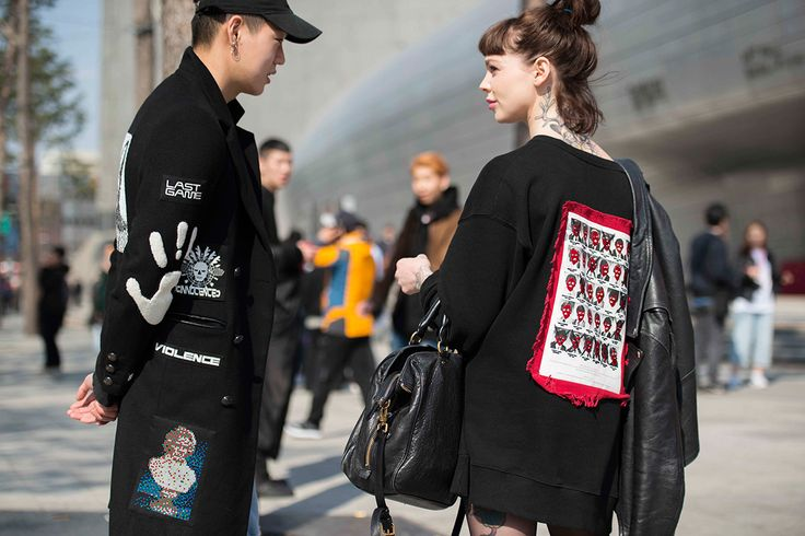 With Seoul Fashion Week now wrapped up, we present another batch of street style from the Korean capital.