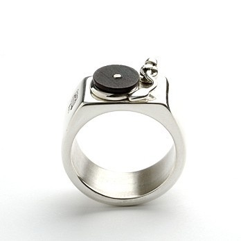 A turntable ring!!!! Perfection!! Who wants to be my favorite and get this for me??!!