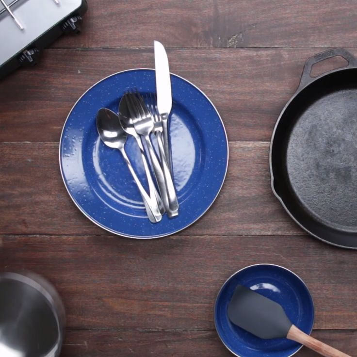 3 Ways to Clean Camping Dishes Without Soap