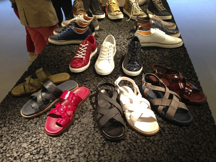 "Dami collection at #Pitti Uomo in #Florence. The spring/summer 2014 collection is divided into three different styles: Classical lace-up and buckle #shoes, #sneakers ""Vintage"" and ""Trend"", #loafers and #sandals. La collezione Dami a #Pitti Uomo. La collezione primavera / estate 2014 è suddivisa in tre tipologie di prodotto: Classiche stringate e con fibbia, #Sneakers ""Vintage"" e ""Trend"", #Mocassini e #Sandali. #crocodileshoes #menshoes 靴‬"