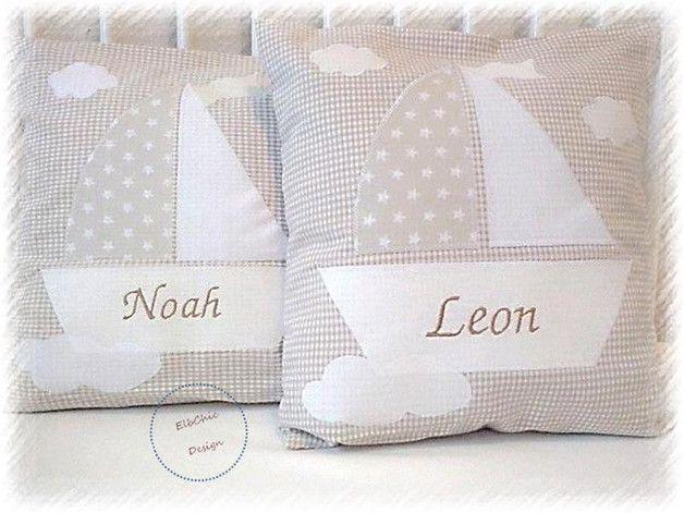 ★★★**Ahoi ihr kleinen Traumsegler**★★★  **Kissen zum Kuscheln, im Bettchen oder einfach auf den Stuhl drapiert ist das Kissen eine niedliche Gestaltung für das Kinderzimmer, aber auch auf Reise...