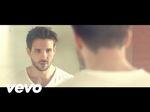 Damien Lauretta - Fall In Love - YouTube