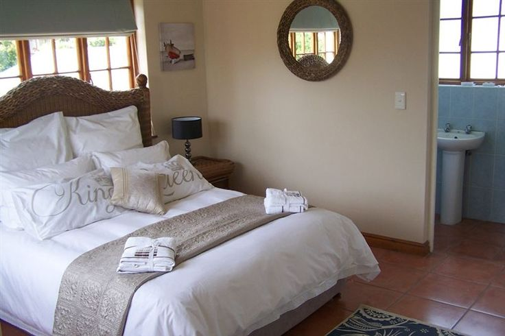 45 Longships - 45 Longships offers guests comfortable self-catering units in the coastal town of Plettenberg Bay.  Guests have a choice of staying in the house or self-catering unit, both fully equipped.  Linen is provided ... #weekendgetaways #plettenbergbay #southafrica