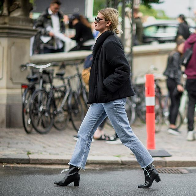 Flashback: fashion week outfit by @fredesblog  #ecco #shape #eccoshoes #boot…