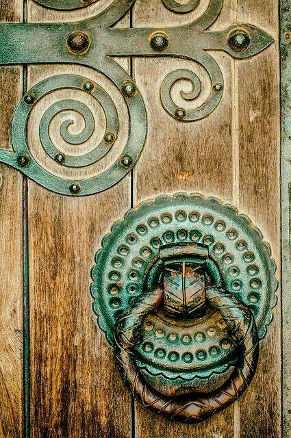25 best ideas about door knob lock on pinterest photo for Beautiful door handles