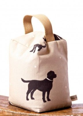 thetravellingsouk.com - A firm favourite with our black lab fans, so popular we have made them in three different designs!Door Stops are filled with rice and some highly aromatic lavender.Approx 18cm by 12cm and approx 2.5 Kg in weight