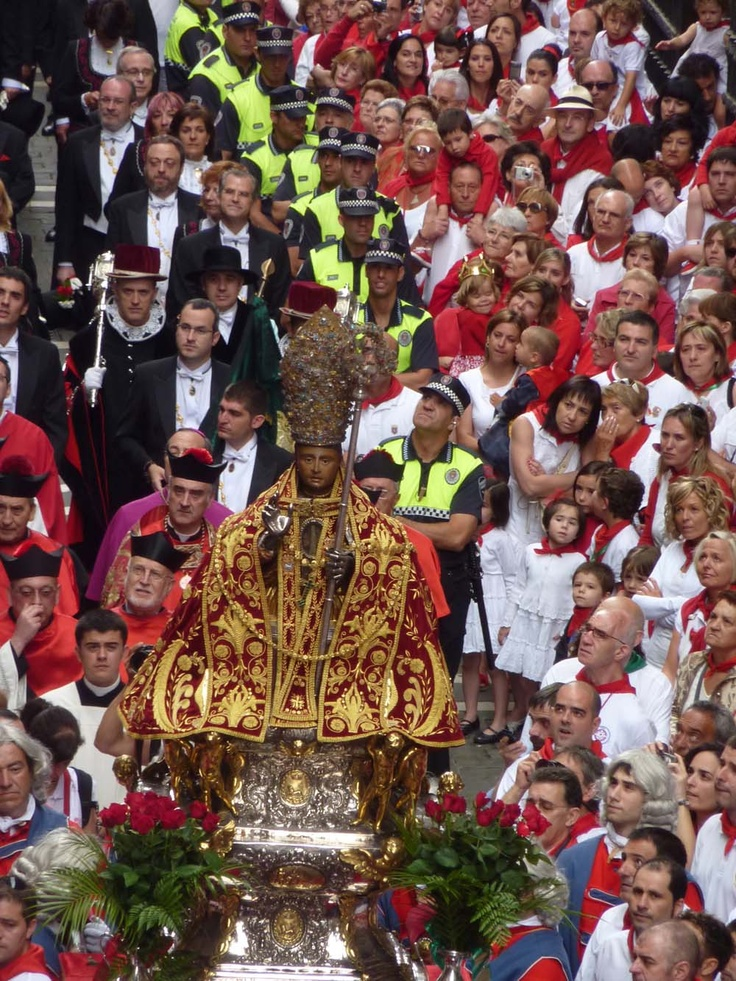 Each year on July 7, known as the Day of San Fermin, an official procession occurs to celebrate and honor San Fermin.  This annual procession through the streets of Pamplona is full of emotion, joy and respect.