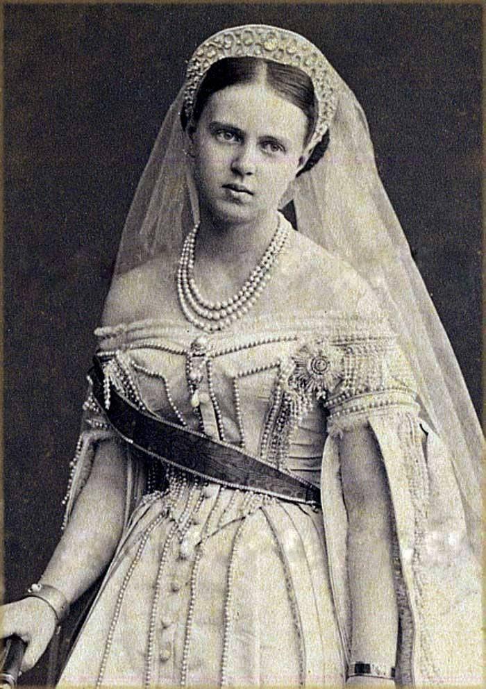 Grand Duchess Marie Alexandrovna - detail