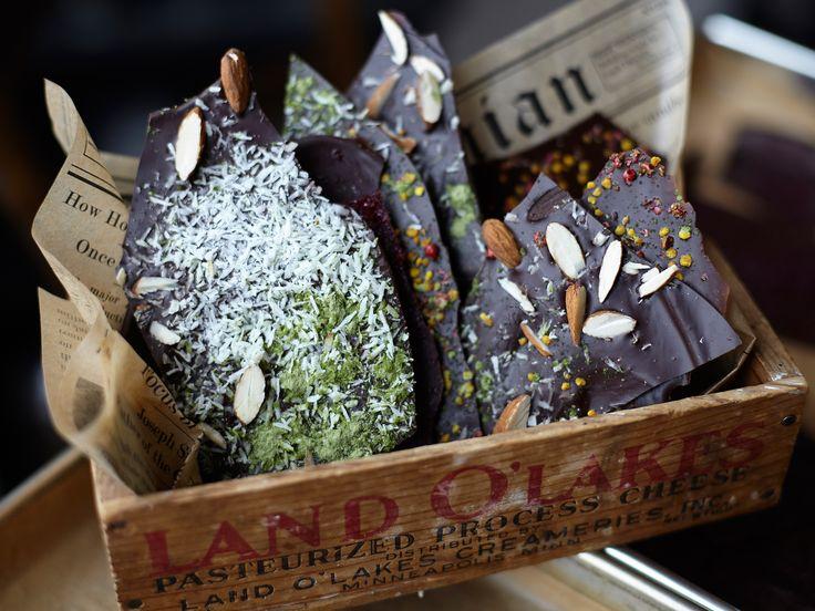 Chokladbräck med superfood-toppings | Recept från Köket.se