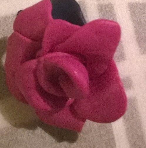 Ruusu Fimo-massasta