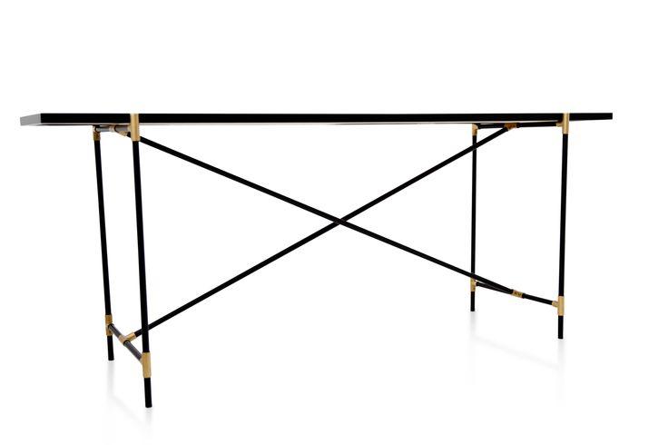 The HANDVÄRK Console measures 50x184x74cm