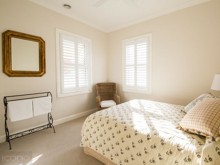 Stunning Guest bedroom! #guestbedroom #homedecor #bedroom #Australianhomes #iconobuildingdesign
