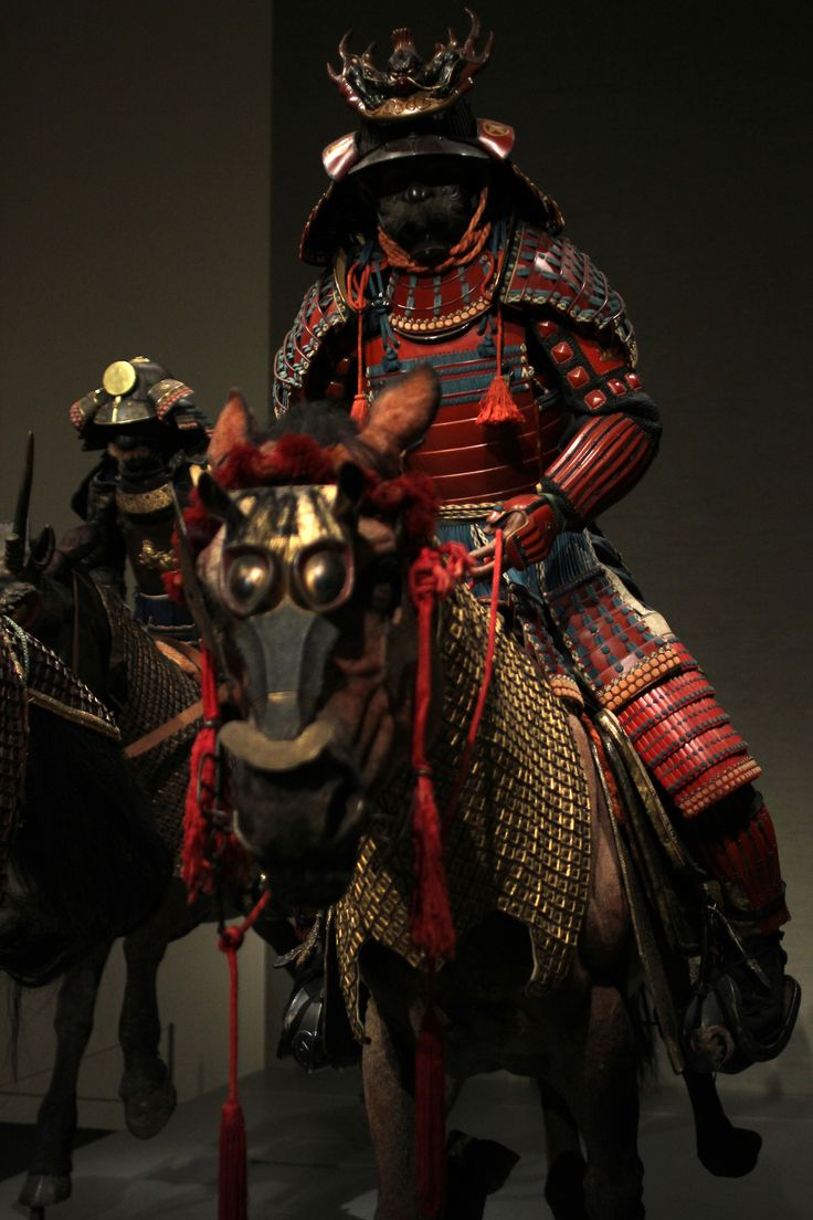 From left to right (in the first photo): Armor of the Tachido type (Late Edo period), Armor of the Tatehagido type (Early Edo period), and Armor of the Yokohagido type (Early to mid-Edo period). Part of the Ann and Gabriel Barbier-Mueller collection, on display until August 4th at the MFA.