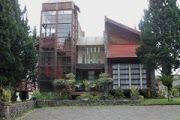 VILLA TOWER - Villa Istana Bunga 4 Kamar Unik