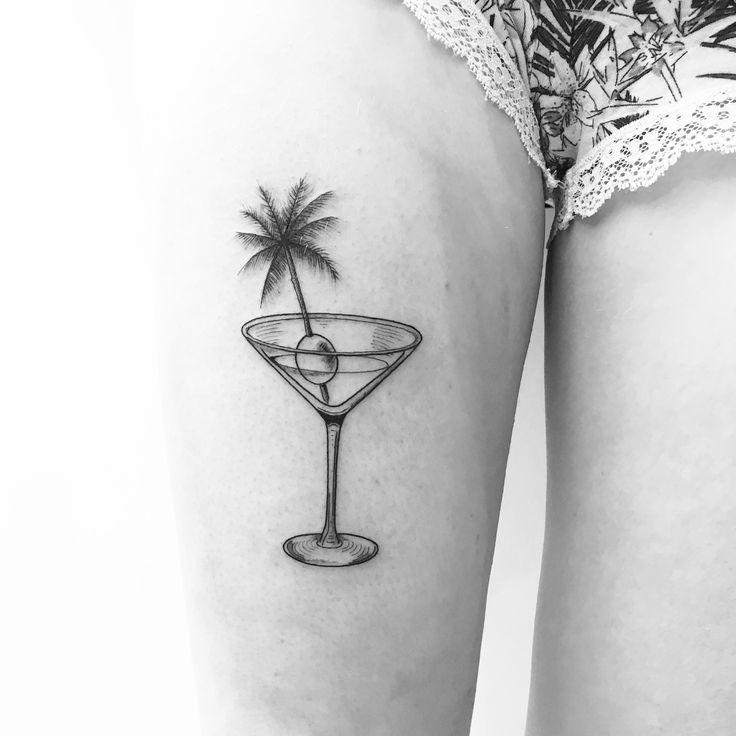 #cocktail & #palmtree for Marion  done at @lesmauxbleus #tattoo #fineline #fineliner #fineliner #tats #tattooparis #paris #ink #inked #instaink #inkedlife #instagram #bw #blackwork #blackworkers #blackandwhite #blackworktattoo #instatattoo #instainked  #tatouee #tatouage #flowertattoo #lemarais  #martini #vintage #palmtreetattoo