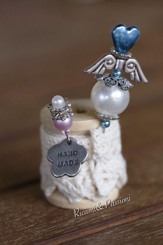 RicamiePassioni handmade pins pearl broderie