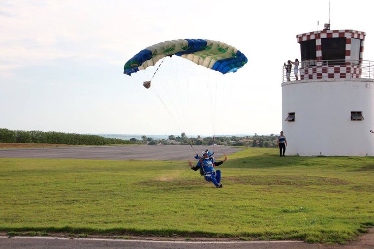 Pouso #skydive #ff #swoop