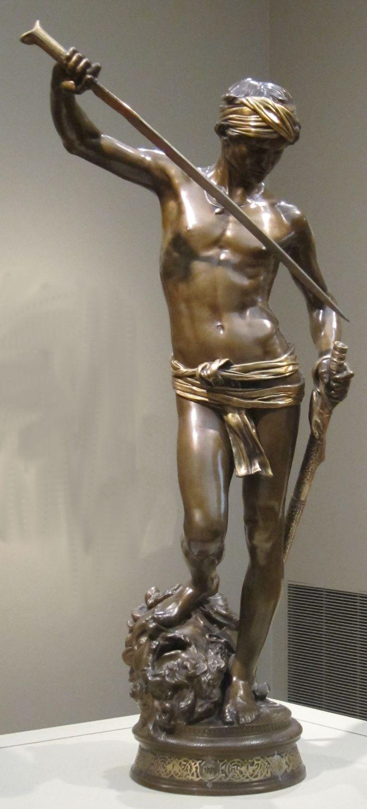 'David_with_the_Head_of_Goliath'_by_Antonin_Mercié,_Cincinnati_Art_Museum.JPG (1240×2735)