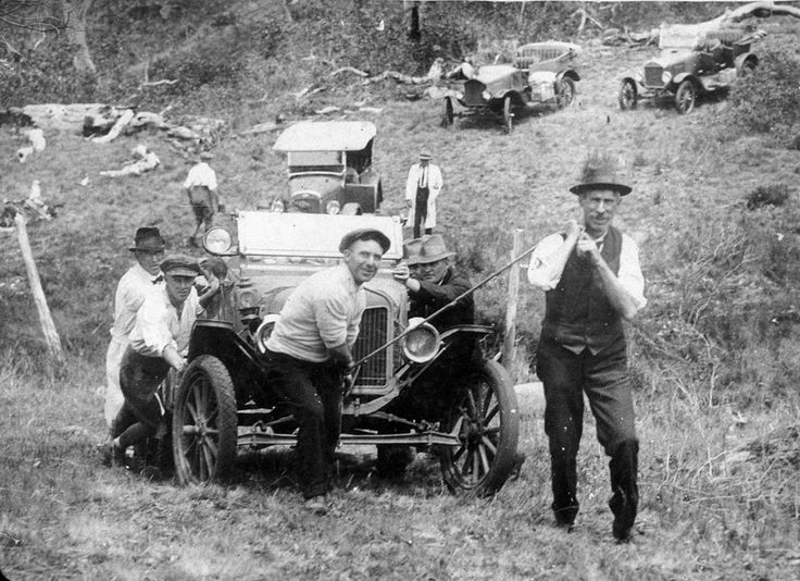 Hauling cars up to Edward's Hut, Barrington Tops, February 1924, photographed by Bernards, Newcastle. The first successful attempt to reach the top by car. Find more detailed information about this image: http://acms.sl.nsw.gov.au/item/itemDetailPaged.aspx?itemID=391947 From the collection of the State Library of New South Wales: www.sl.nsw.gov.au