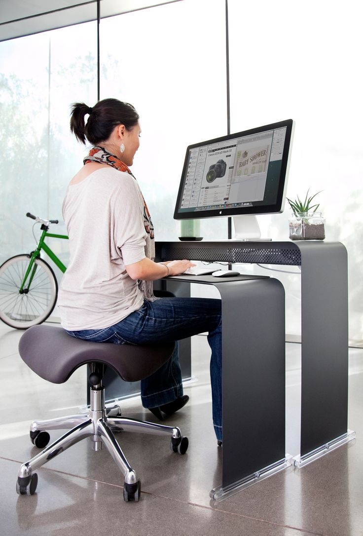 PERFECT minimal iMAC desk