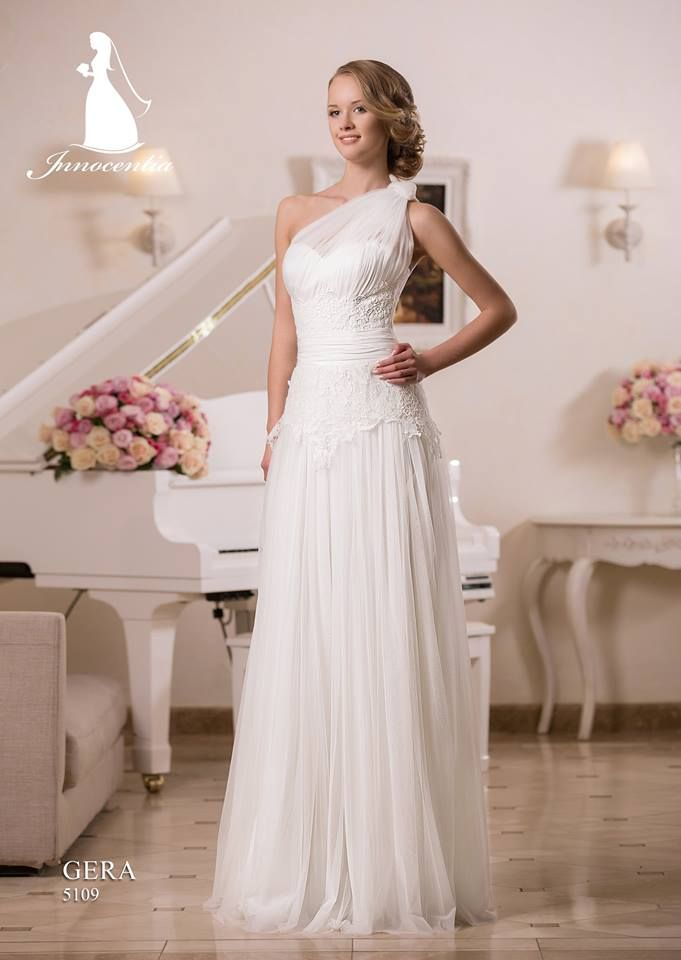 Greek goddess wedding dress sarah sue pinterest for Grecian goddess wedding dresses